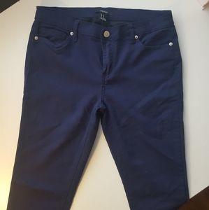 NWOT Size 30 Forever 21 Dark Wash Skinny Jeans